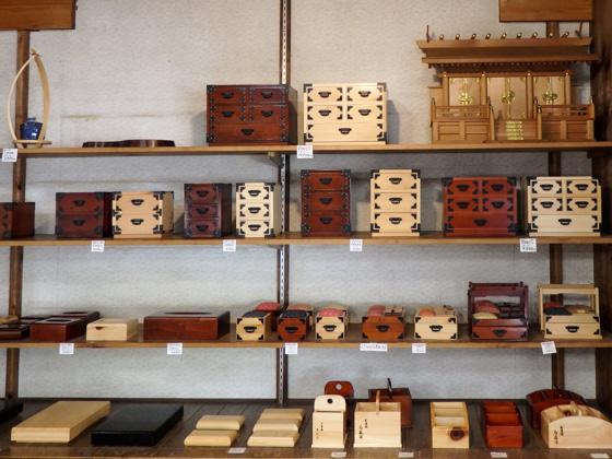 Folk handicraft of Magome